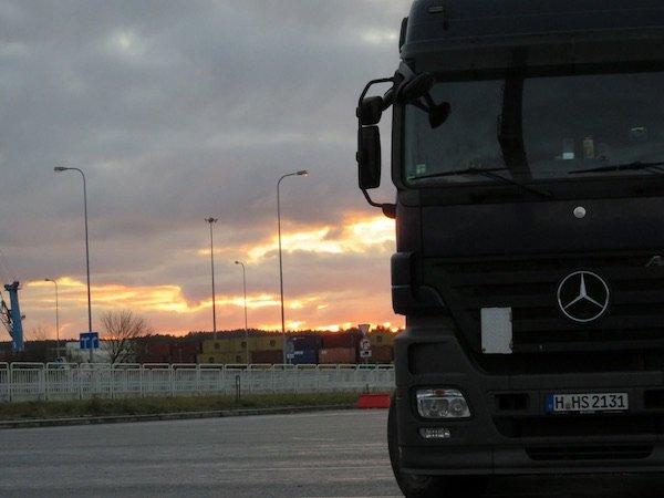 LKW Fahrer Stellenangebote - Erobere gleich morgen die Straßen